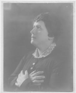 Maria Aristea in preghiera02