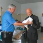Mario Cuccarolo insieme a Mons. Bagnasco