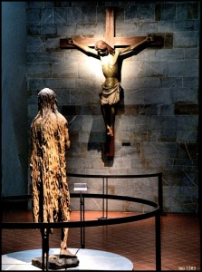 Donatello ,la Maddalena 1435 -Giovanni da Balduccio crocifisso 1320-Museo dell' Opera del Duomo