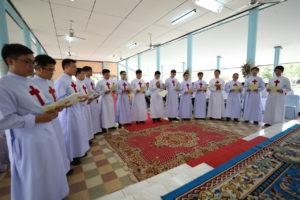 Rinnovo della professione temporanea dei 16 chierici di cui 3 Thailndesi e 13 Vietnamiti